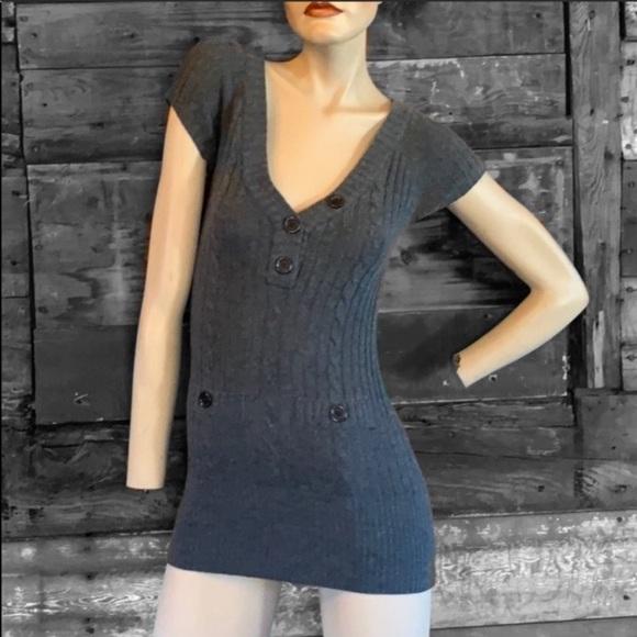 🌙 5/$25 Long grey sweater top